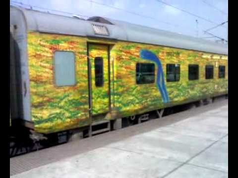 a coach of pune find Speed nizamuddinpune duronto express train Duronto
